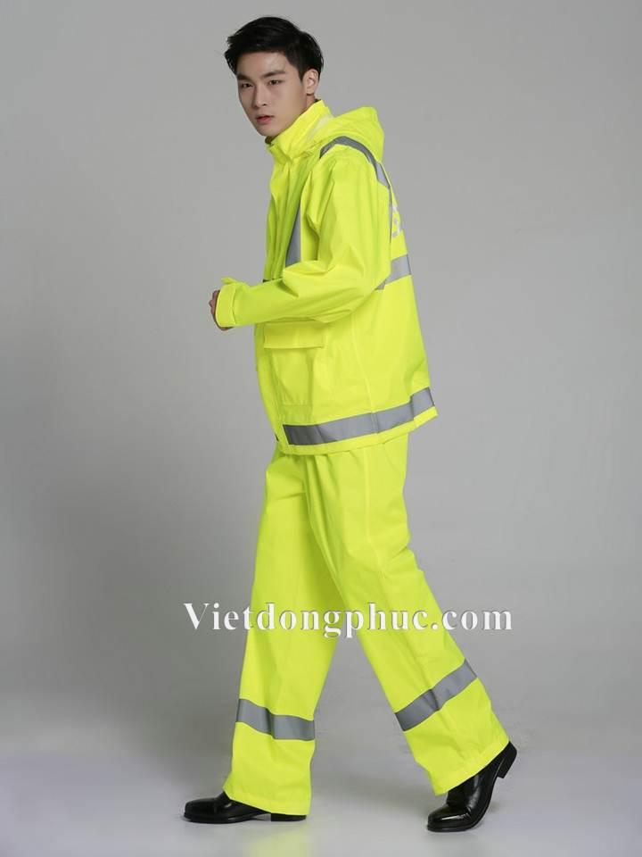 Đồng phục áo mưa 38
